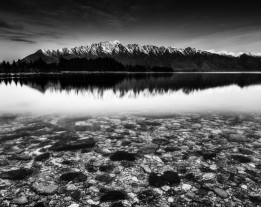 Trey Ratcliff - Queenstown Rocks-X3